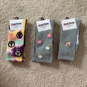 Set of Three Active Ride Crew Socks